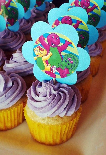 Barney Picture Cupcakes
