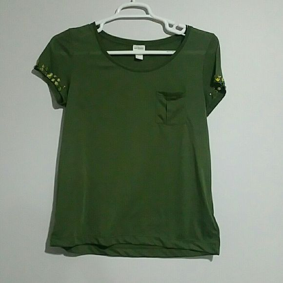 H&M tshirt Olive Green T shirt from H&M. Jewels on sleeves. Never worn!! H&M Tops Tees - Short Sleeve