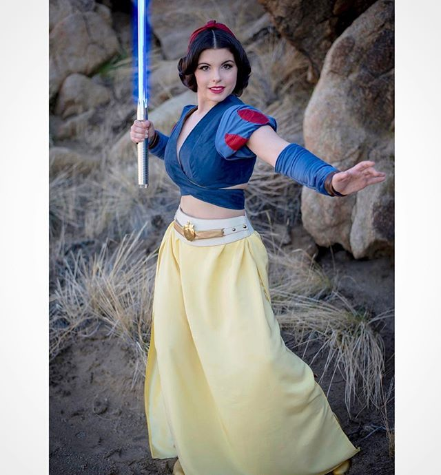""""""" A long time ago, in a galaxy far far away, there was a Jedi princess...""""✨ Here's a closer look at my Jedi Snow White costume I wore to this fun shoot with 6 other Jedi Princesses! Plus, I've been getting ready for @animeimpulse this weekend Sat & Sun! I'll be wearing a new cosplay, hope to see some of you guys there  sleeves & arm wraps by me, top & skirt by @elizabethrage."""