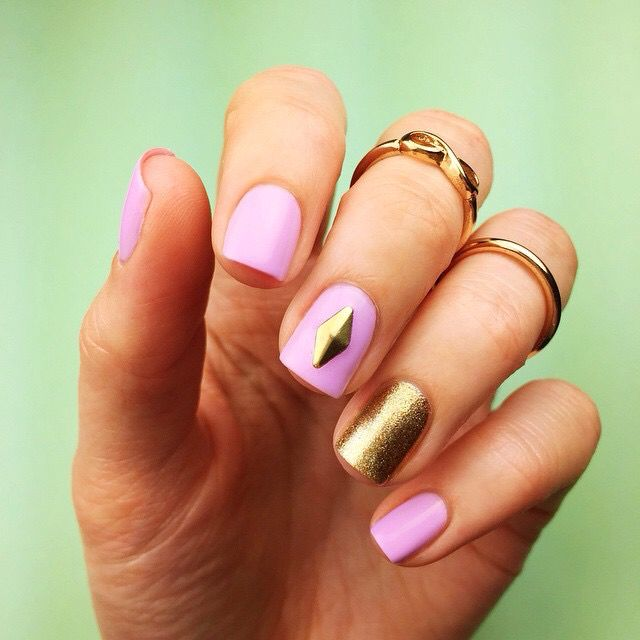 Cutepolish lilac and gold nails