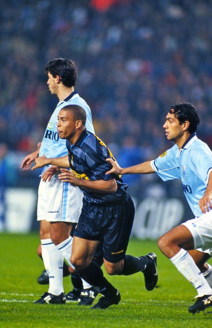 Ronaldo v Nesta - Inter Milan v SS Lazio