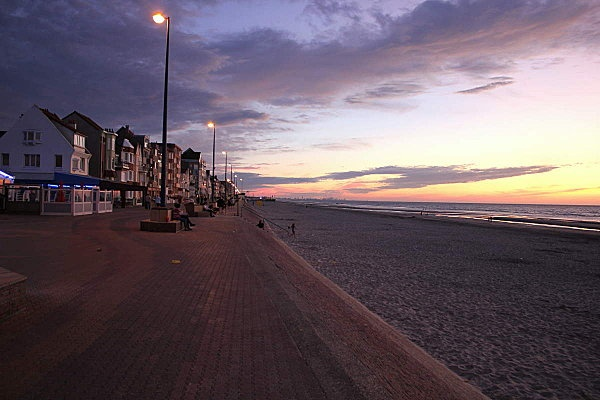 Bray beach at sunset - Bray is situated in Co. Wicklow - Not far from Dublin City.