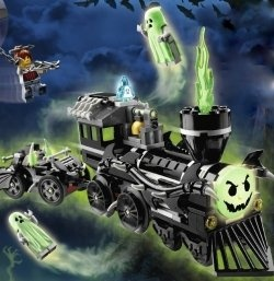 lego monster fighters sets my sons favorite legos are the ghosts vampires zombies swamp monsters which have all been captured in these awesome lego - Lego Halloween Train
