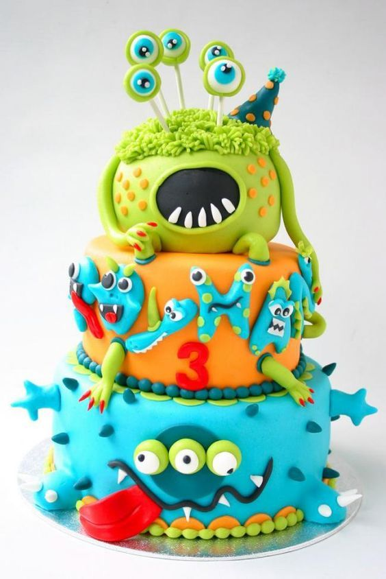 Detaillierte dreistufige Monster Geburtstagstorte / / Ultimate Monster Geburtstagstorte In …   – Isla 6th birthday