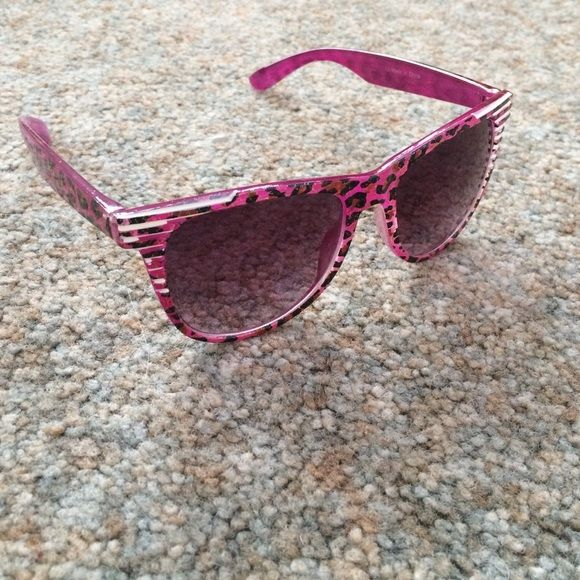 💫3 80's Sunglasses bundle💫 Pink/Purple Cheetah print with White stripes in the top corners and glittery gold criss cross pattern(1). Neon green and white(2). Black and neon yellow(3). Charming Charlie Accessories Sunglasses