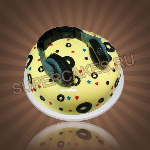 Торт в виде музыкальной пластинки