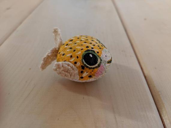 Cute Yellow Puffer Fish Painted Rock Pet Miniature Art Etsy Fish Painting Simple Acrylic Paintings Painted Rocks