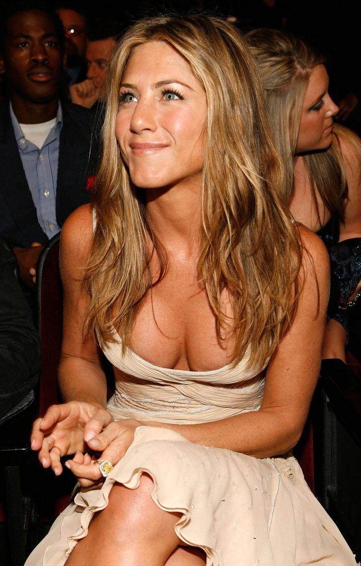 Jennifer Aniston is perfection