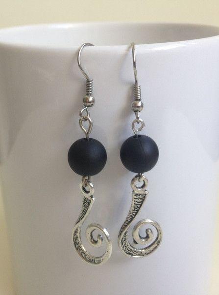 Ohrhänger - Ohrringe schwarz*silber *Spirale* - ein Designerstück von anja-korn bei DaWanda
