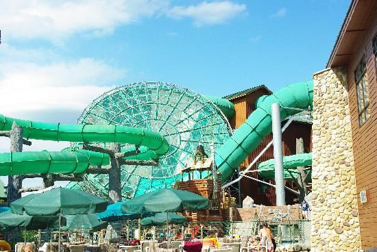 wisconsin dells water parks   Located in the New Frontier Region of the hotel, this 65,000-square ...