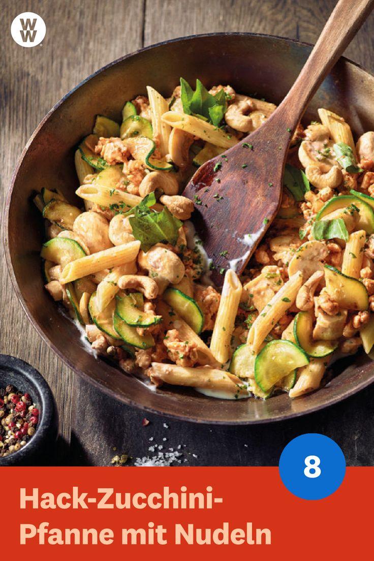Hack-Zucchini-Pfanne mit Nudeln