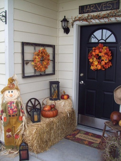 Beautiful fall porch idea! I really like the bale of straw but don't know if I have enough room on our porch.