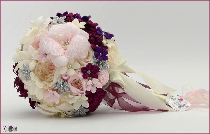Vasilissa unikatni bidermajer od papira Bidermajer  ITANA -  romantičan i nežan, pastelnih boja roze i krem, a opet jak i snažan u tamnijim cvetovima burgund i bordo boje.