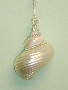 pretty shell decoration!.    Shells for NJ Shores  pinterest.com/hollybess/shells-for-nj-shores/