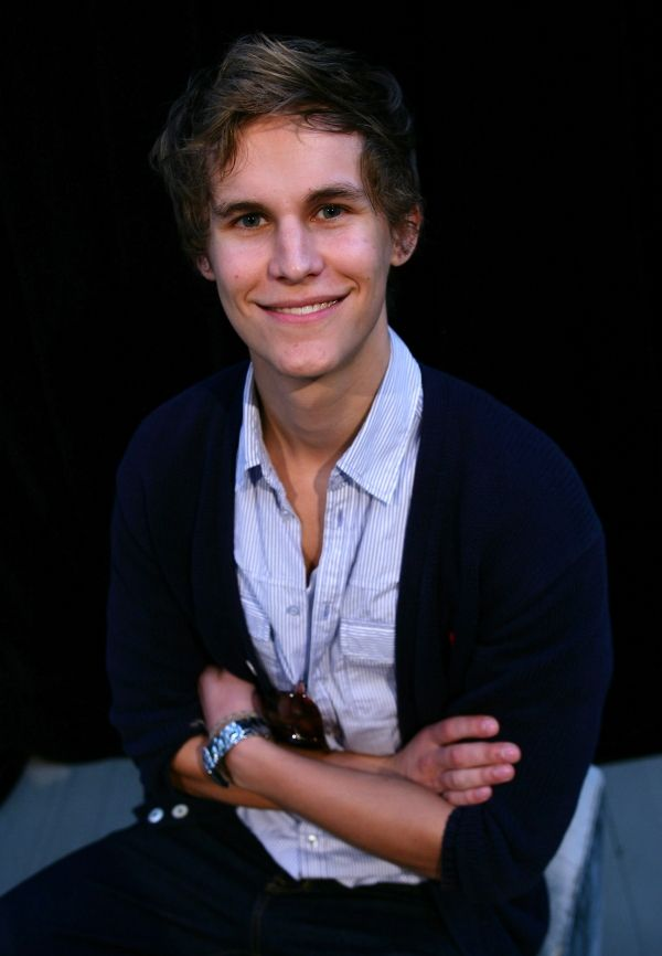 Rhys Wakefield. I am completely obsessed.
