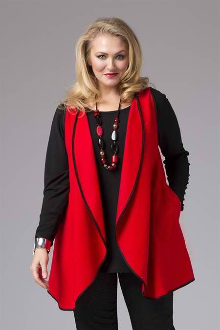 #Elegant draping lends a #sophisticated element to the look. Top off with some cool pockets, making this a truly #stylish item this #winter. Get this at 30% off #curvyfahion #curvywomen #loveshopping #shopping on #wintersale http://bit.ly/redwool