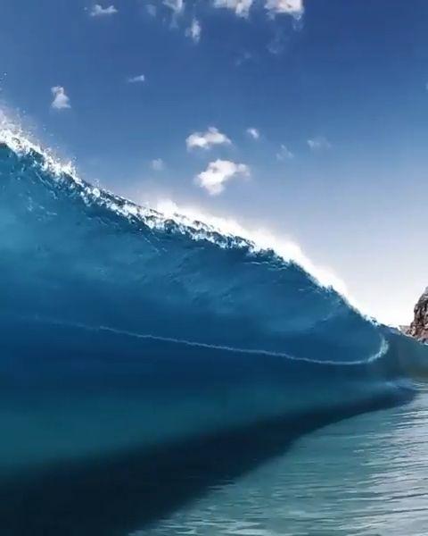 Pin by Rita Ris on Surf waves in 2019   Waves, Ocean video, Ocean