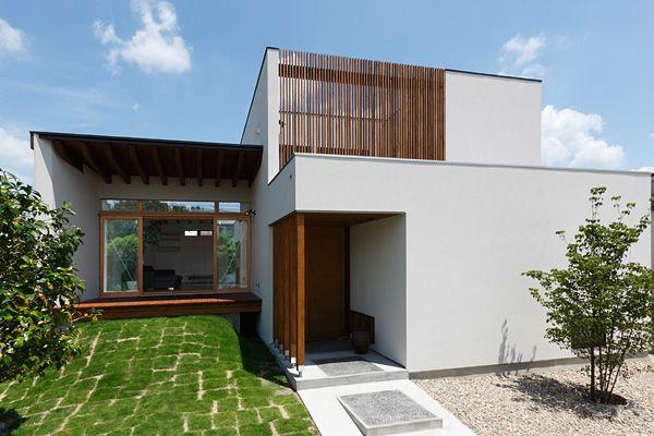 マウントコートのある家 | ガレージ・家族・庭が繋がる家 | アーキッシュギャラリー