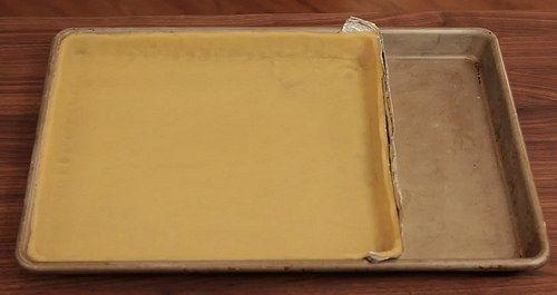 Prepara una tarta con papel aluminio, sin necesidad de usar un molde para tartas…   46 Innovadores trucos para hornear que todos necesitan conocer