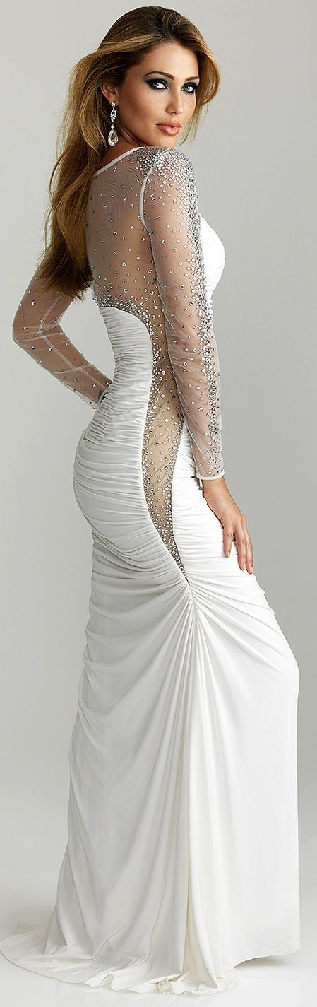 I would totally wear this if I was 80 lbs lighter!! So SEXY!!