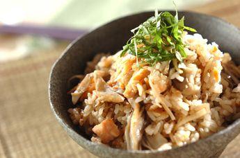 ショウガと鮭の炊き込みご飯 一手間レシピ通りの出汁で炊くとバツグンに美味しい。外食するより家で食べたくなる。