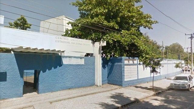 PMs trocam tiros no Cederj de Campo Grande, na Zona Oeste do Rio
