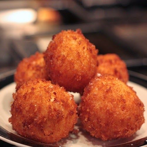 Copycat Restaurant Recipes: Abuelo's Jalapeno Cheese Fritters Recipe