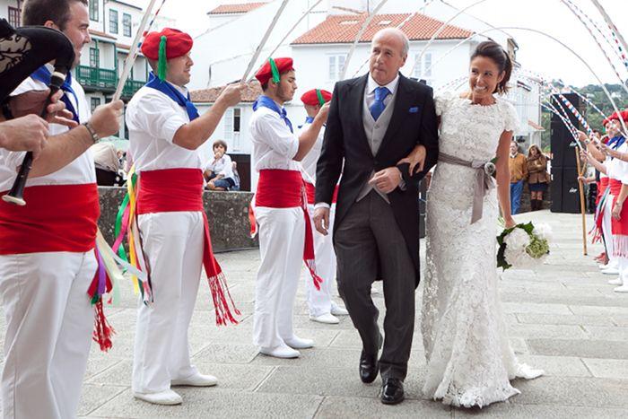 boda- jorge vazquez, vestido guipour sobre crepe de seda