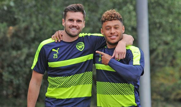 Alex Oxlade-Chamberlain: How I've helped my Arsenal team-mate through his injury hell   via Arsenal FC - Latest news gossip and videos http://ift.tt/2dtsvDF  Arsenal FC - Latest news gossip and videos IFTTT