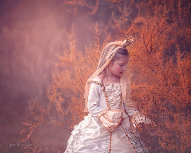 Child Photography, Whimsical, Fine Art, Sault Ste Marie, Jennifer Duncan Photography, Dreamy, Fall, Princess Session