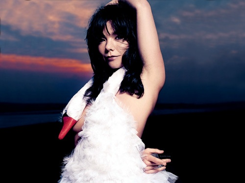 """Bjork the Icelandic anomaly who is among the elite of the most note worthy all-time artists in the music genre in my eyes. I'm bias though. Here she wearing the infamous Swan Dress designed by Marjan Pejoski and worn to the 2001 Academy Awards.  """"Style is knowing who you are, what you want to say, and not giving a damn"""". -Gore Vidal. #bjork - Source: Bendrix got this from http://costumerism.tumblr.com/post/477519842/bjorks-infamous-swan-dress-designed-by-marjan"""