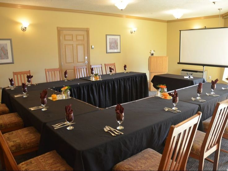 Podollan Inn Salmon Arm Meeting Room, Small Conferences Room | Business Travel | Conference Locations | BC Travel |