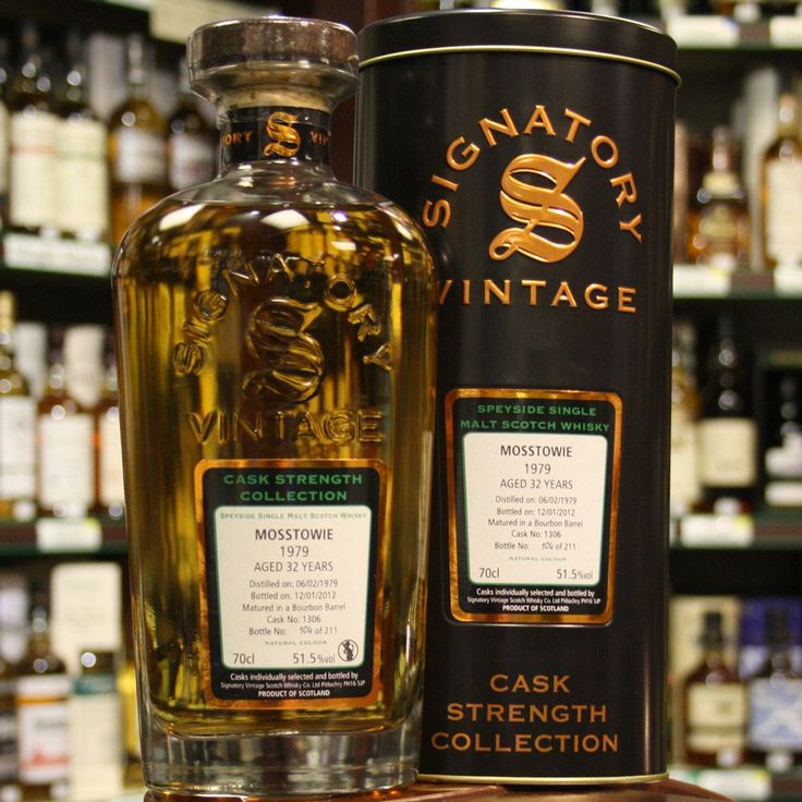 Speyside whisky from Mosstowie 1979 32 Year Old Signatory Vintage Scotch Whisky