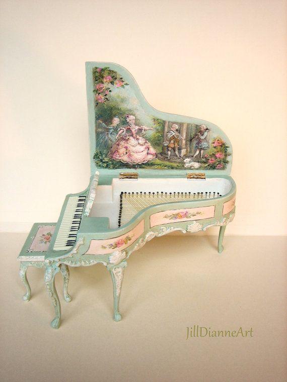 Grand Piano peinte à la main - 01h12 - Ballet Music Scène pastorale - Peint écume de mer et des roses - Jill Dianne Miniatures