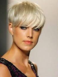 Risultati immagini per tagli capelli corti