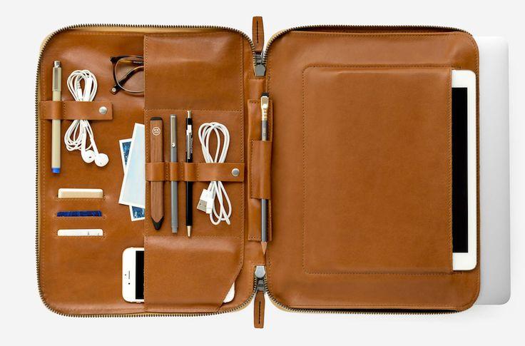 Mod Laptop 2, la pochette en cuir qu'il vous faut pour la rentrée - http://www.leshommesmodernes.com/mod-laptop-2-pochette-cuir/