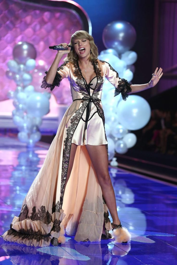 13 Reasons Taylor Swift Should Be A Victoria's Secret Angel