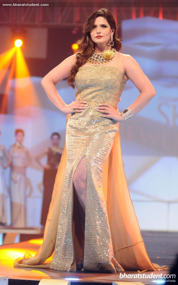 Hindi Events Zarine Khan Walks The Ramp For Amy Billimoria Show at BBA 2014 Photo gallery
