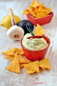 Avocado-Ziegenfrischkäse Dip - lecker zu Tacos!