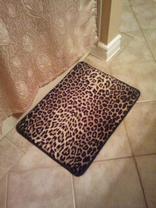 Leopard print bath mat: Walmart