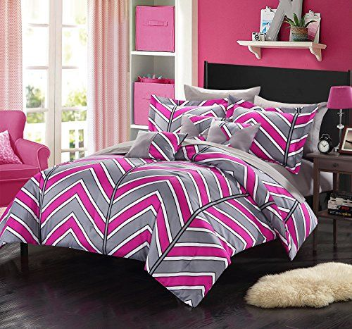 Chic Home 10 Piece Warrick Chevron and Geometric printed REVERSIBLE Queen Bed In a Bag Comforter Set Fuchsia Sheets set and Deocrative pillows included