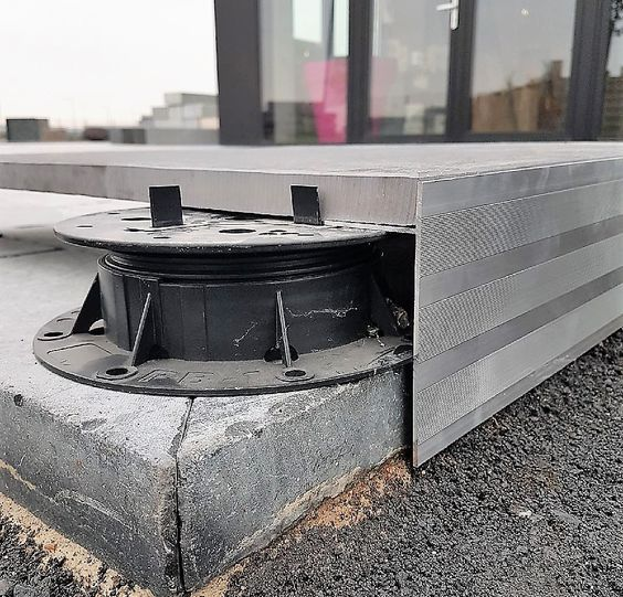 Profil Alu Pour Terrasse Sur Plots Plots Pour Dalles Balcony Decking Pads Paving 09g5 Z18c Q Garten Terrasse Uberdachung Terrasse Fassadengestaltung
