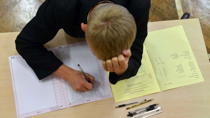 The number of students caught cheating in exams has risen by 25% in a single year, official figures show.