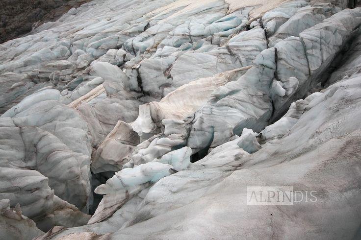 Eindrucksvolle Gletscher am Weg zum Großvenediger, im Herz des Nationalpark Hohe Tauern. Erlebe auch du erlebnisreiche Bergtouren mit dem Bergführer von Alpindis.at (Obersulzbachtal, Neukirchen, Salzburgerland)