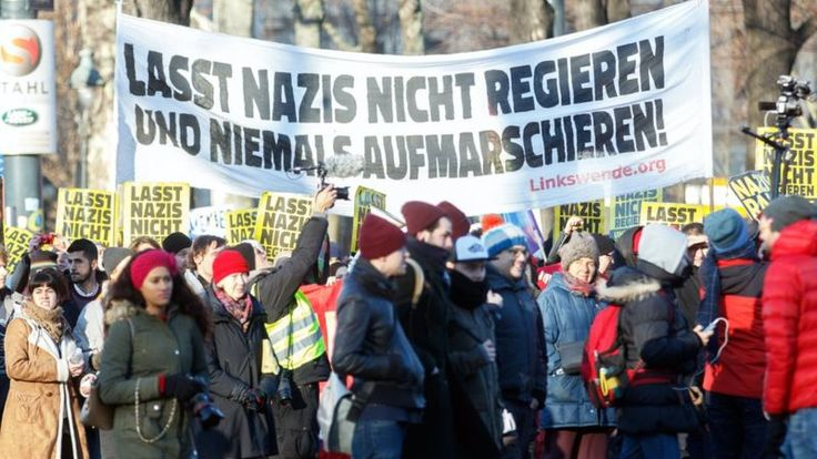 Protest in Vienna against new coalition government, 18 Dec 17