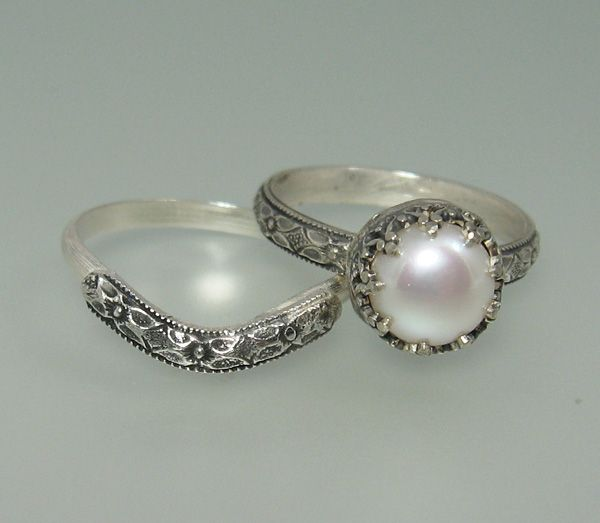 Pearl Wedding Ring: 17 Best Ideas About Pearl Engagement Rings On Pinterest