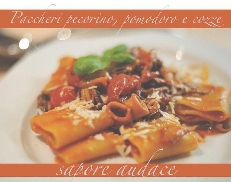 Oggi una #RICETTA: #Paccheri con frutti di #mare, pomodori, #pecorino, audace! ...prepara il sugo con amore, aggiungi gli splendidi paccheri, e gusta! Vuoi assaggiare i paccheri di Gusti di toscana? >>> http://bit.ly/10DFkSO #food #pasta #madeintuscany #fish