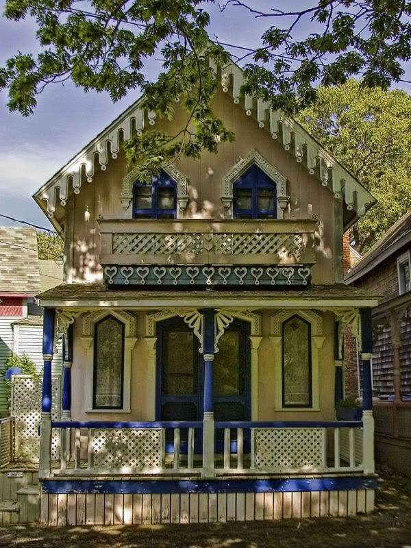 10 best images about victorian cottages on pinterest for Gingerbread houses martha s vineyard