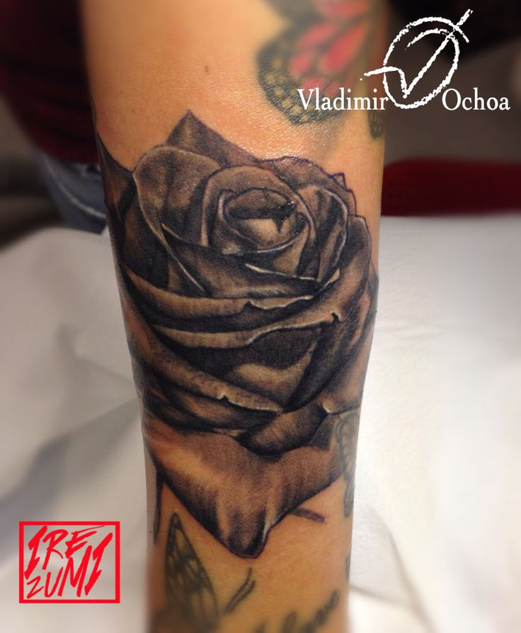 #ladytattoo #rose #tattoo #pescara