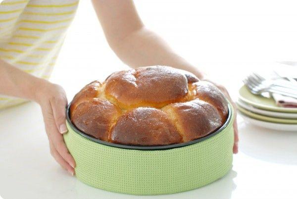 Receta de Brioche Portugués, relleno de chocolate en Thermomix®. Prepáralo para desayunos o para dejar boquiabiertos a tus invitados cuando tomen el café.